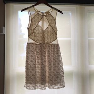 Beautiful Anthropologie white lace dress size 4